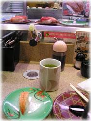 いとこと2人で久々の回転寿司へ