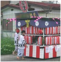 お祭りの山車