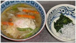 今夜は春雨・野菜・玉子スープ、ほうれん草おひたし+ジャコ