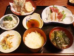 山菜の天ぷらと刺身の定食