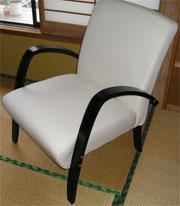 椅子の組み立て