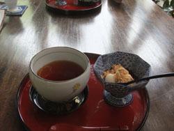 団子と紅茶